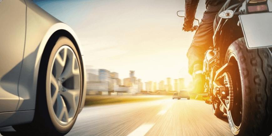 automobiliste et accident de moto