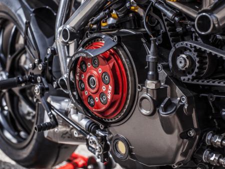 Embrayage Moto : Guide, Fonctionnement & Entretien