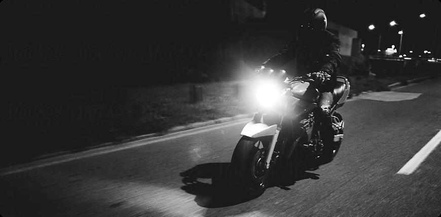invisibilité du motard de nuit