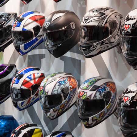 Quand changer de casque de moto ?