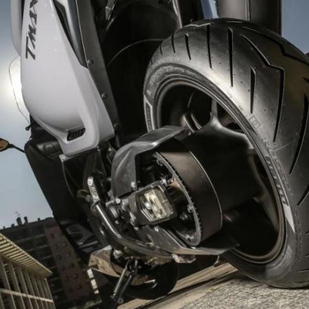 Comment vérifier l'état de vos pneus moto ou scooter?